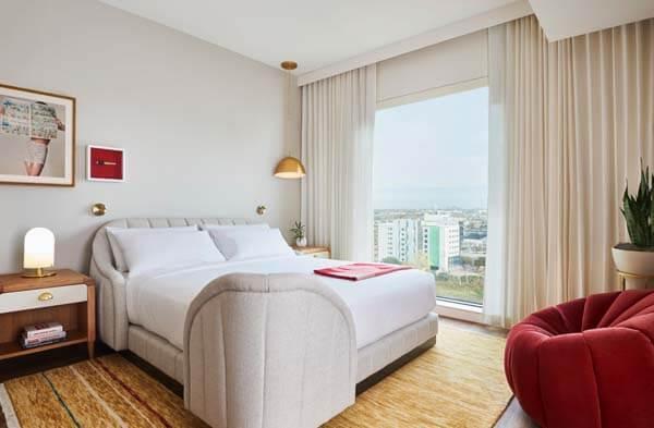 Dallas guest room