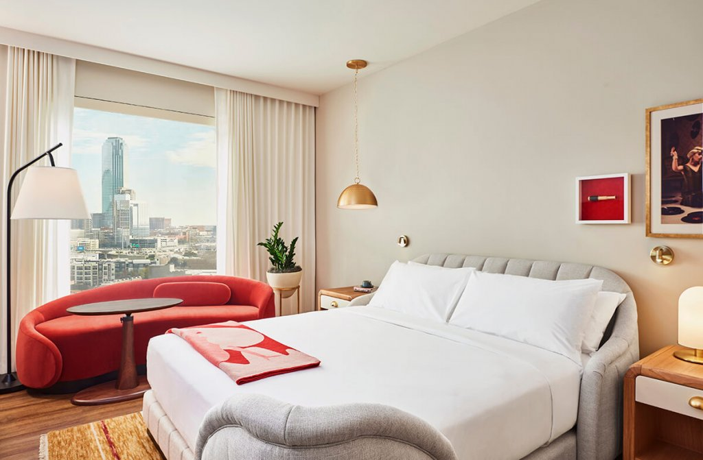 King Bed Dallas hotel