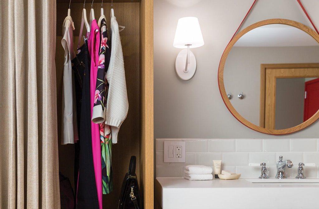 All room vanity